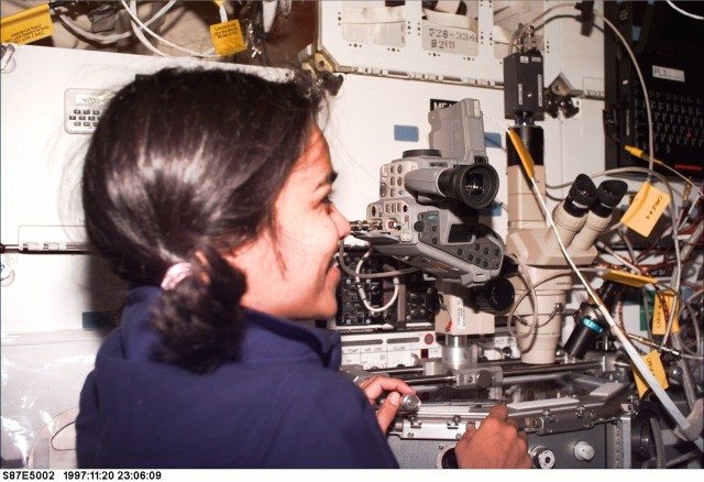 spacecraft kalpana chawla - photo #12
